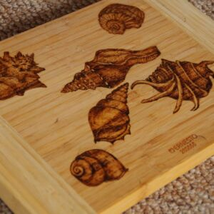Seashells / Hand Decorated / Bamboo Chopping Board / Wooden / Handmade / Pyrography / Woodburning / Kitchen Utensils / Kitchen Decor