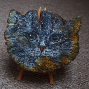 Cat on Pine Wood Slice / Upcycled / Handmade / Unique / Decorative / Wall Decor / Living Room / Painted Pine / Recycled