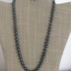 "20"" Traditional Hand Knotted Grey Shell Pearl & Sterling Silver Necklace"