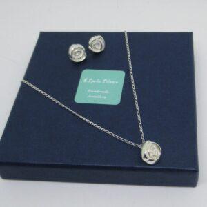 Art Deco Rose Necklace & Earring Set
