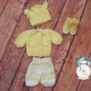 Baby owl outfit for prem baby. 10% of all sales goes to breast cancer and honeybee research.