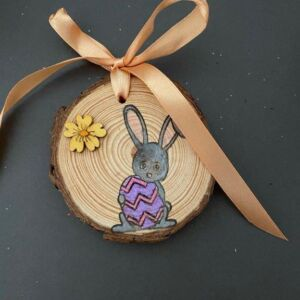 Hand decorated wood slice - Rabbit with Easter Egg