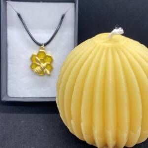Segmented sphere pure organic beeswax candle and bee pendant gift set