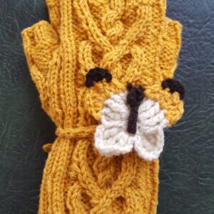 Gorse coloured gloves with cable heart pattern