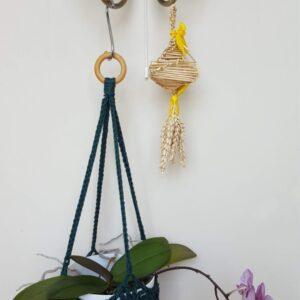 Dark green plant hanger