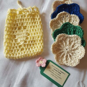 Cotton wipes with crochet bag