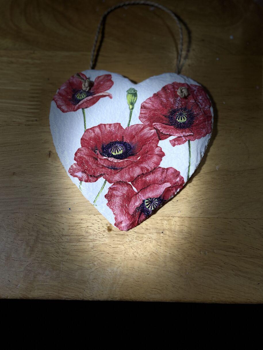 Poppy heart 15cm